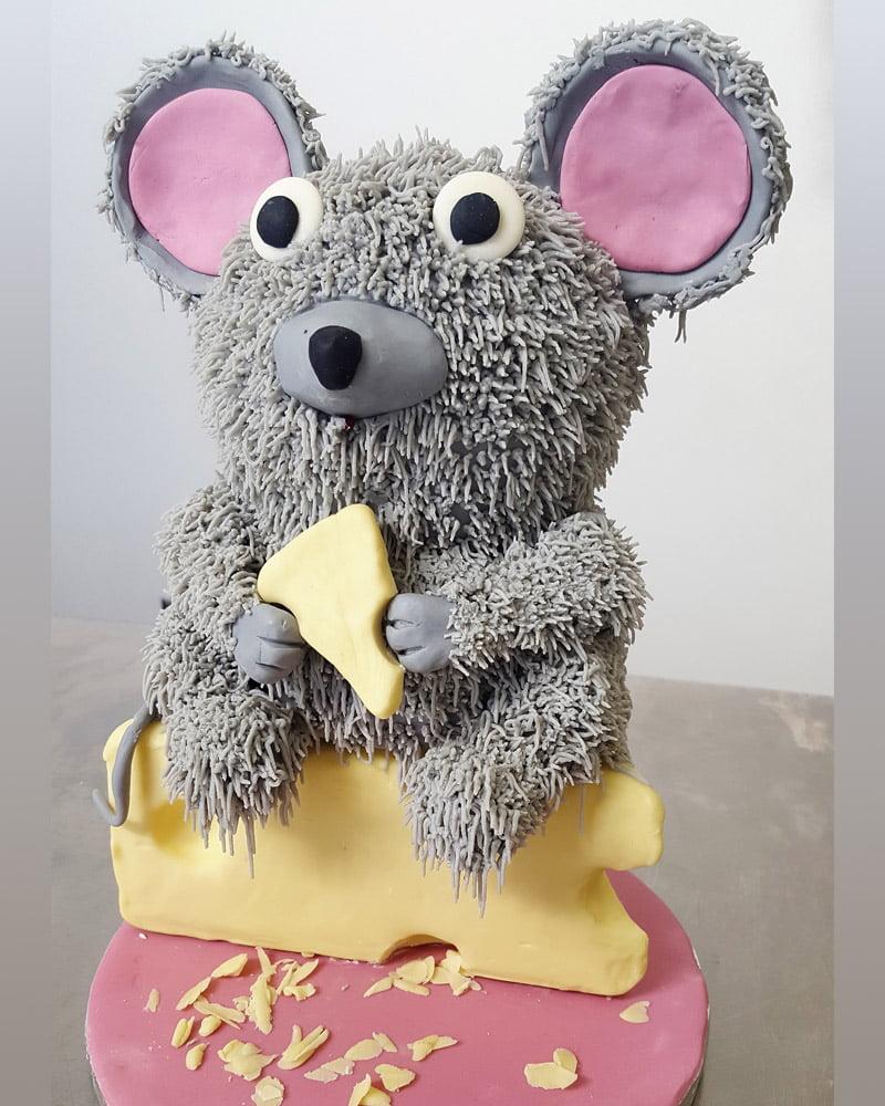 Best custom cakes in Oakville